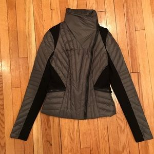Carbon38 Blanc Noir Motion Panel Puffer Size Small